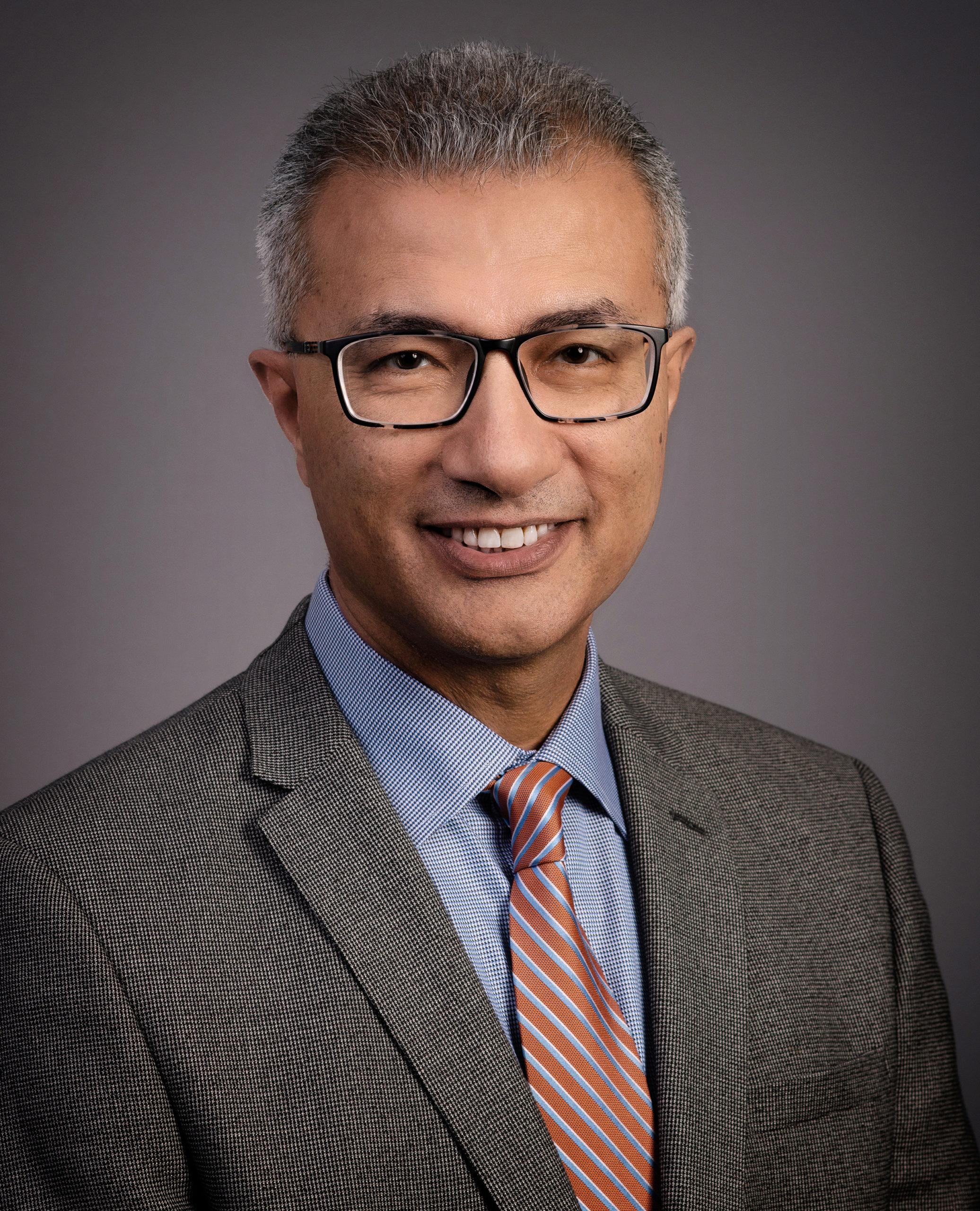 Dr. Esmaeil Porsa